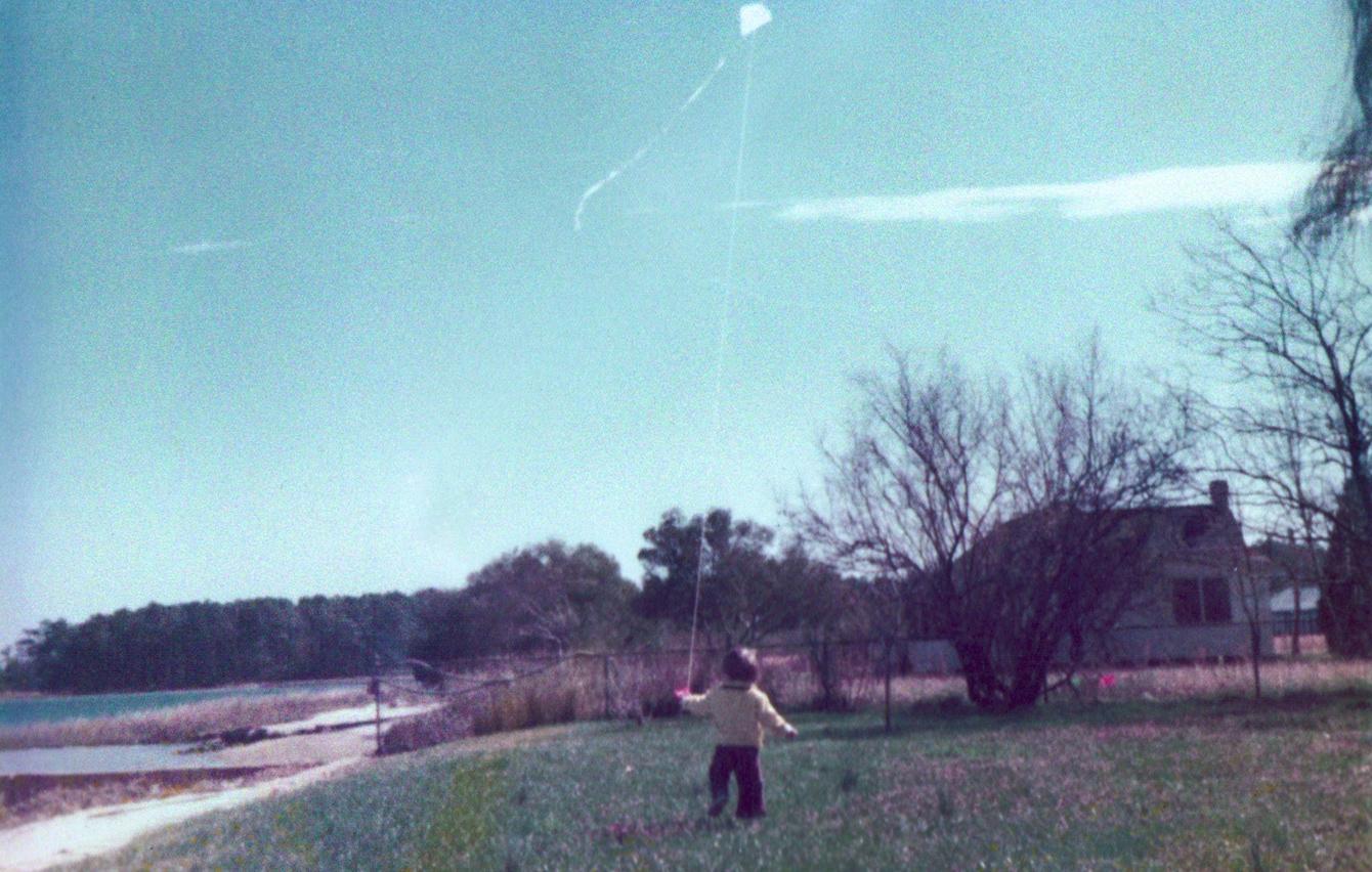 blake_kite_yorktown_1975